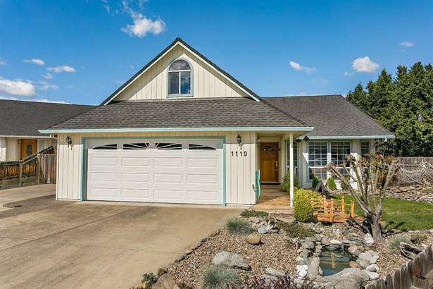 1119 Circlewood Ct , Central Point, OR - USA (photo 3)