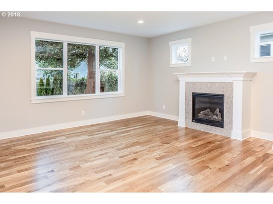 8616 N Woolsey Ave , Portland, OR - USA (photo 5)