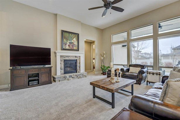 3694 E Brentor Ct , Meridian, ID - USA (photo 5)