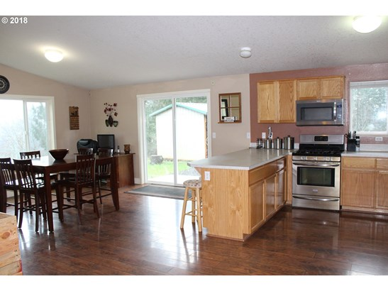 29911 Freedom Rd , Scappoose, OR - USA (photo 5)
