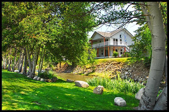 1291 Oak St , Ashland, OR - USA (photo 1)