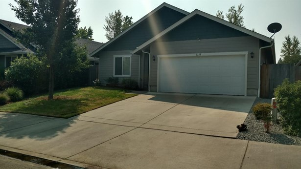 2239 Sw Gayle Way , Grants Pass, OR - USA (photo 1)