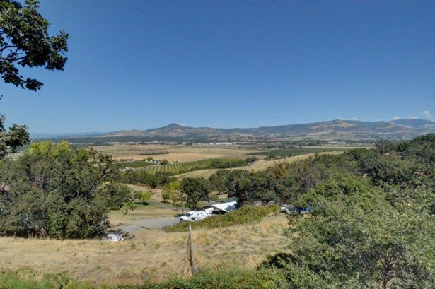 671 S Stage Rd , Medford, OR - USA (photo 3)