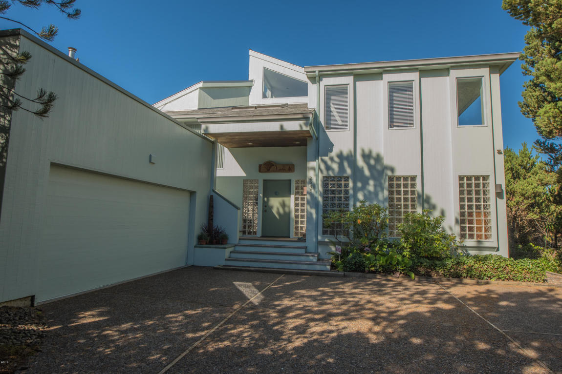 2545 Nw Pacific St , Newport, OR - USA (photo 1)