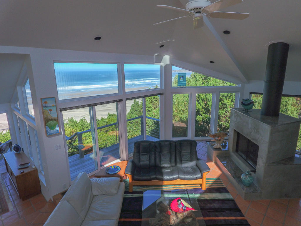 2545 Nw Pacific St , Newport, OR - USA (photo 4)