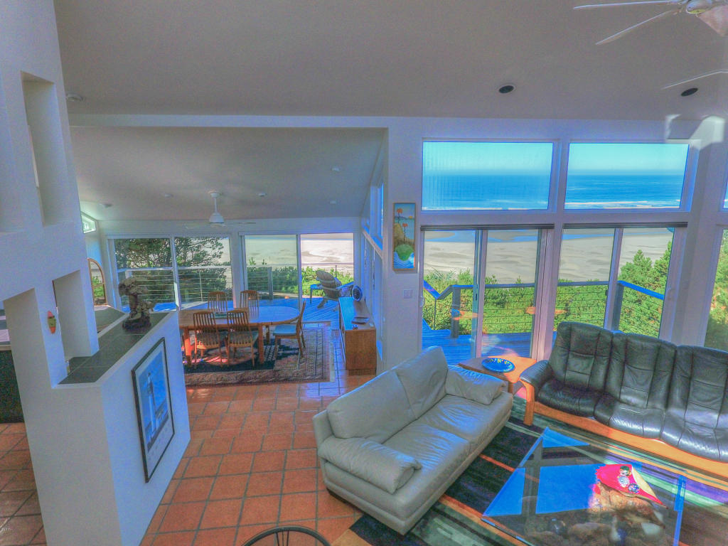 2545 Nw Pacific St , Newport, OR - USA (photo 5)