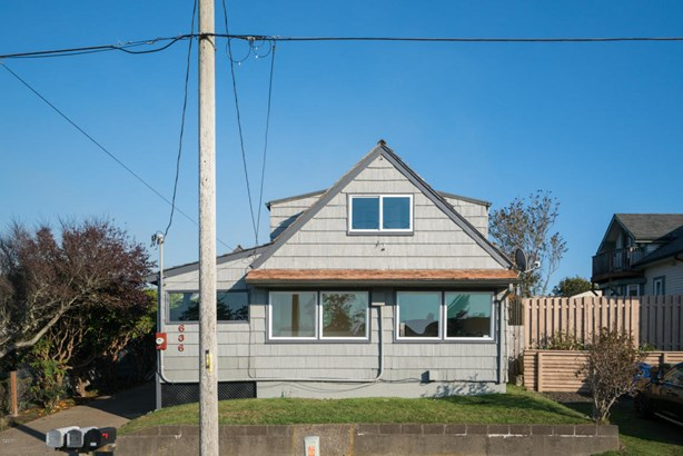 636-634 Nw Lee St , Newport, OR - USA (photo 5)