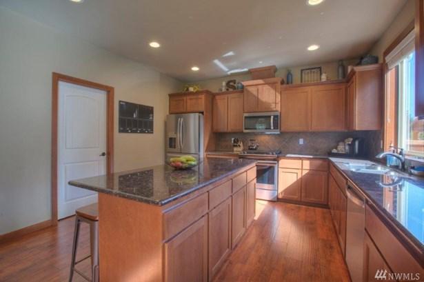 8514 206th St Ct E , Spanaway, WA - USA (photo 5)