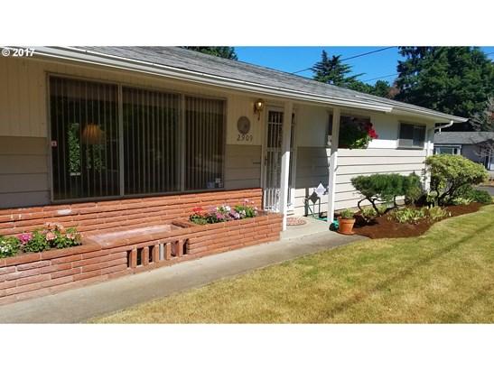 2909 Se 168th Ave , Portland, OR - USA (photo 3)