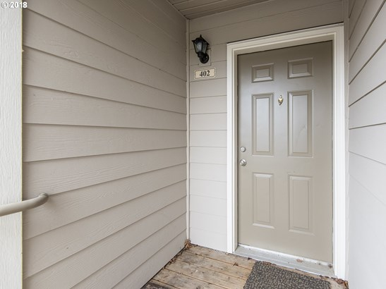 15072 Nw Central Dr  402, Portland, OR - USA (photo 2)
