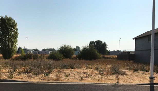 7850 Phaedra Ln , White City, OR - USA (photo 2)