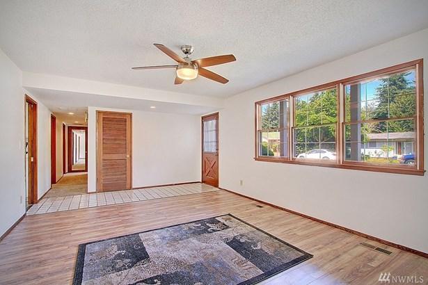 1306 6th Place Ne , Auburn, WA - USA (photo 2)