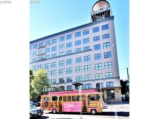 1420 Nw Lovejoy St  301, Portland, OR - USA (photo 2)