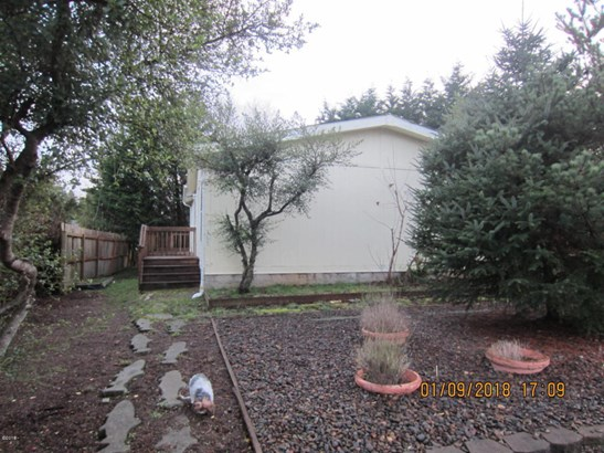 365 Sw Double Eagle Dr , Waldport, OR - USA (photo 1)