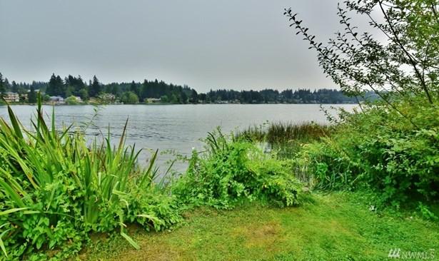 1608 Kitsap Lake Rd Nw , Bremerton, WA - USA (photo 2)
