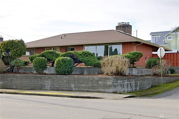 1347 Trenton Ave , Bremerton, WA - USA (photo 1)