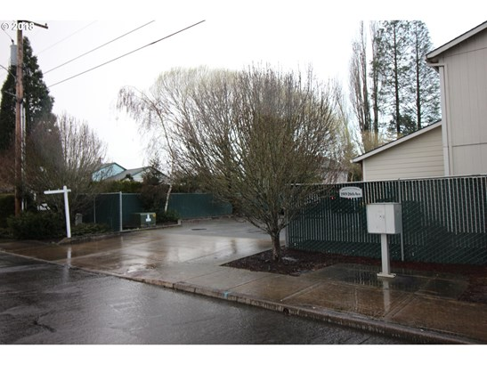1919 26th Ave , Forest Grove, OR - USA (photo 4)