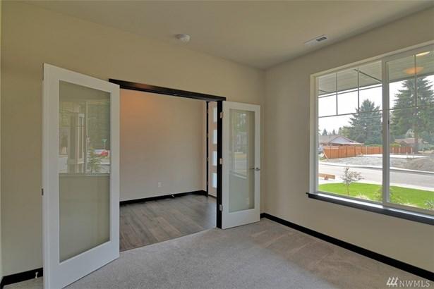5841 100th Place Ne , Marysville, WA - USA (photo 2)