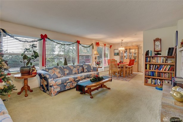 2230 Nw Schold Place , Silverdale, WA - USA (photo 3)