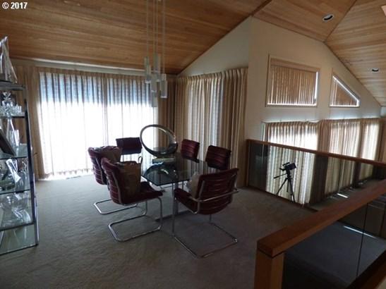 3061 Sw 55th Dr , Portland, OR - USA (photo 4)