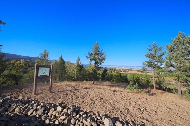 0 Vineyard View Cir , Medford, OR - USA (photo 1)