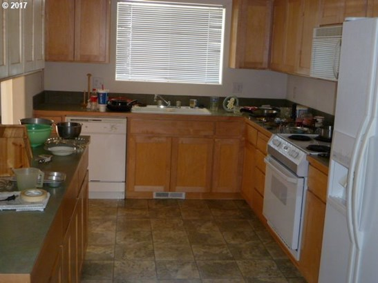 59518 Camden St , St. Helens, OR - USA (photo 4)
