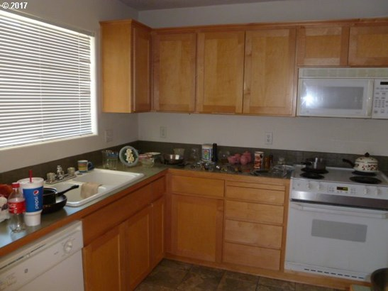 59518 Camden St , St. Helens, OR - USA (photo 5)