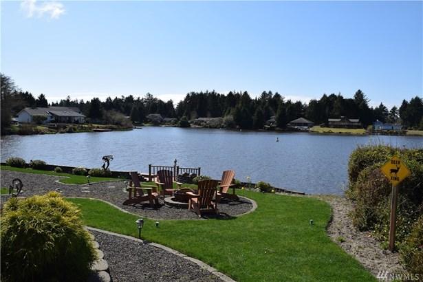 207 Duck Lake Dr Ne , Ocean Shores, WA - USA (photo 2)