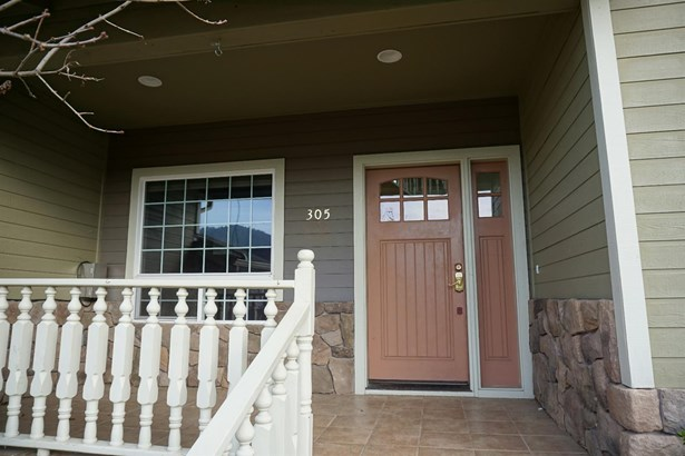 305 Woodville Way , Rogue River, OR - USA (photo 2)