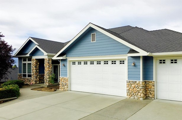 3821 Annettes Way , Medford, OR - USA (photo 1)