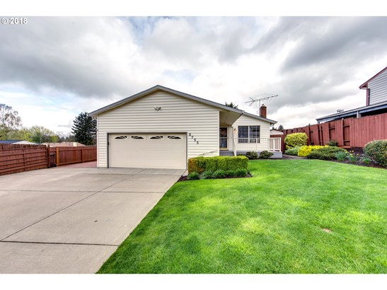 8755 Se Marcus St , Happy Valley, OR - USA (photo 2)