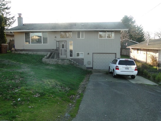 455 9th St , St. Helens, OR - USA (photo 1)