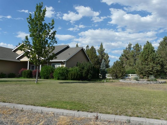 9398 17th Lane , Terrebonne, OR - USA (photo 3)