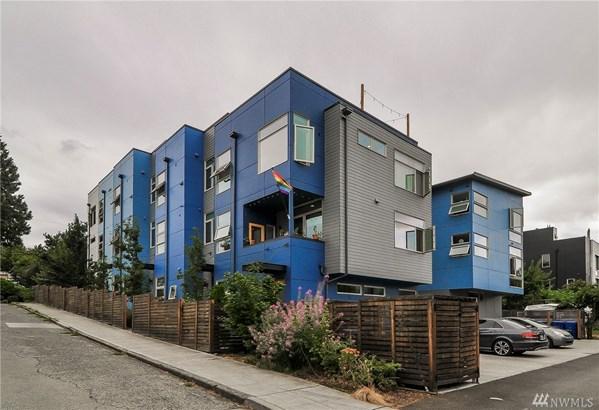 2119 E Terrace St , Seattle, WA - USA (photo 2)