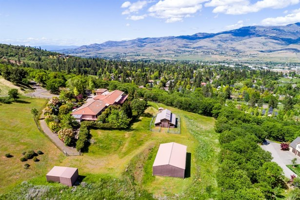1515 Tolman Creek Rd , Ashland, OR - USA (photo 2)