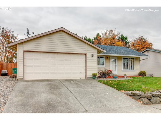3233 B St , Forest Grove, OR - USA (photo 2)