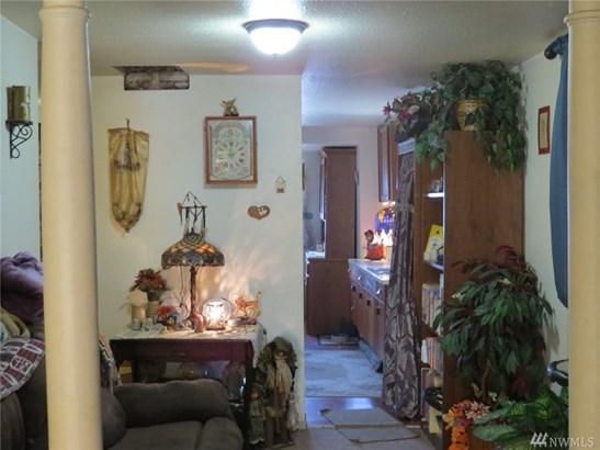 613 S Gold St , Centralia, WA - USA (photo 2)