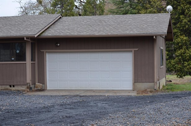 160 Wilderville Ln , Grants Pass, OR - USA (photo 2)