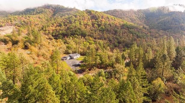 3336 Wards Creek Rd , Rogue River, OR - USA (photo 1)