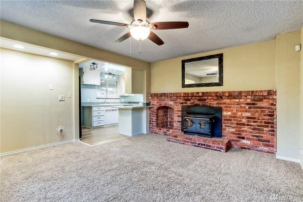 17652 110th Ave Se , Renton, WA - USA (photo 3)