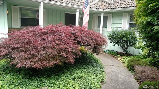 11215 Clover Park Dr Sw , Lakewood, WA - USA (photo 2)