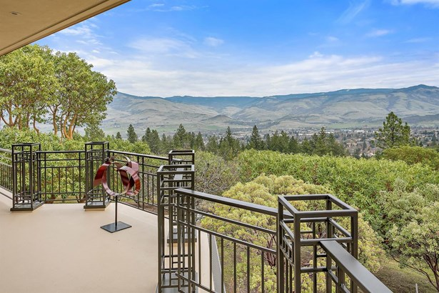 1176 Highwood Dr , Ashland, OR - USA (photo 5)