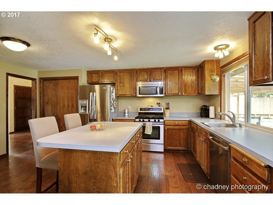1353 Sw Mcginnis Ave , Troutdale, OR - USA (photo 2)