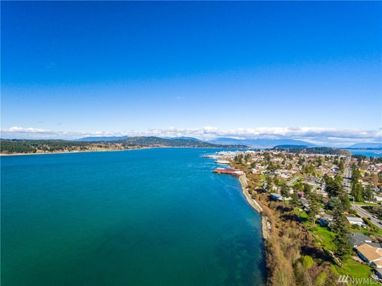 2804 Oakes Ave , Anacortes, WA - USA (photo 5)