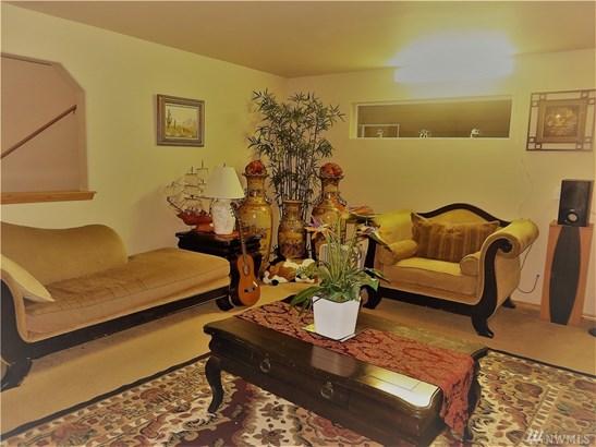 1020 Ilwaco Place Ne , Renton, WA - USA (photo 4)