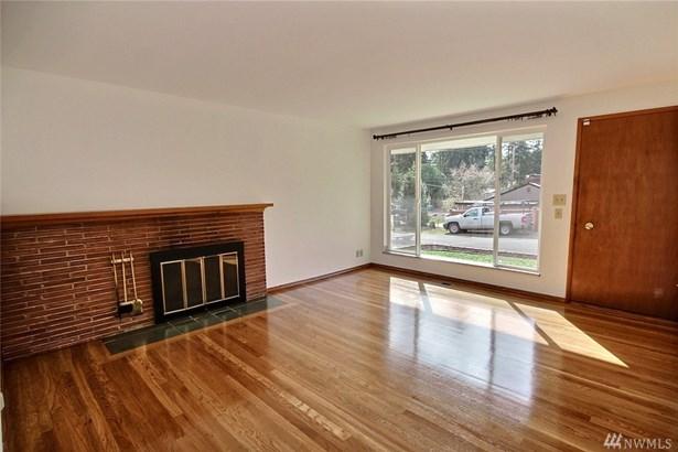 618 N 165th Place , Shoreline, WA - USA (photo 2)