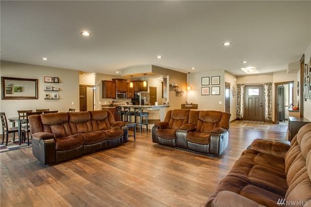 1410 Kirby Lane , Wenatchee, WA - USA (photo 3)
