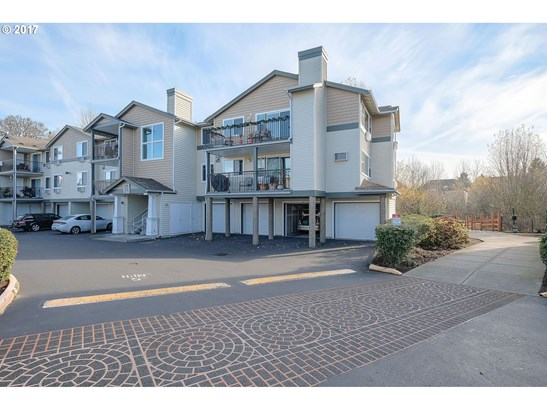 740 Nw 185th Ave  208, Beaverton, OR - USA (photo 2)