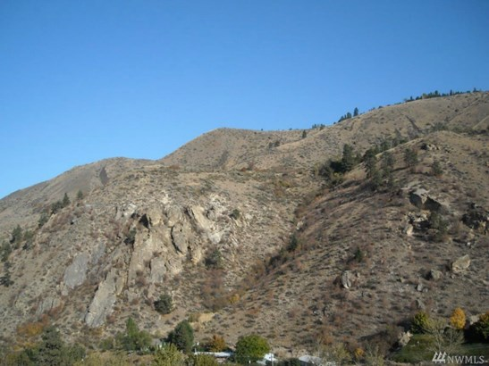 124 Squilchuck Rd , Wenatchee, WA - USA (photo 2)
