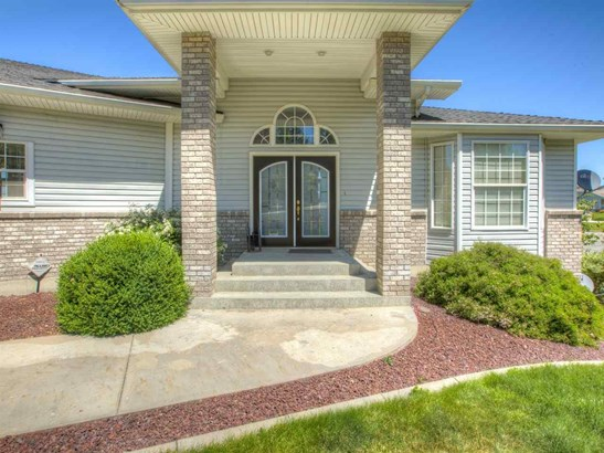 16517 E 24th Ln , Spokane Valley, WA - USA (photo 2)